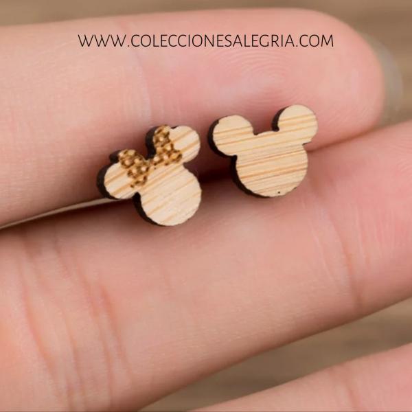 Aretes de Mickey y Minnie de madera